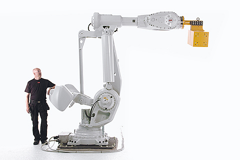 IRB 8700, największy robot ABB już w Polsce