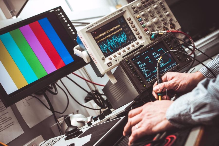 Podstawy elektroniki, czyli kilka słów na temat podstawowych pojęć związanych z prądem elektrycznym